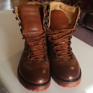 Men's hiking boots John Fluevog Montainge